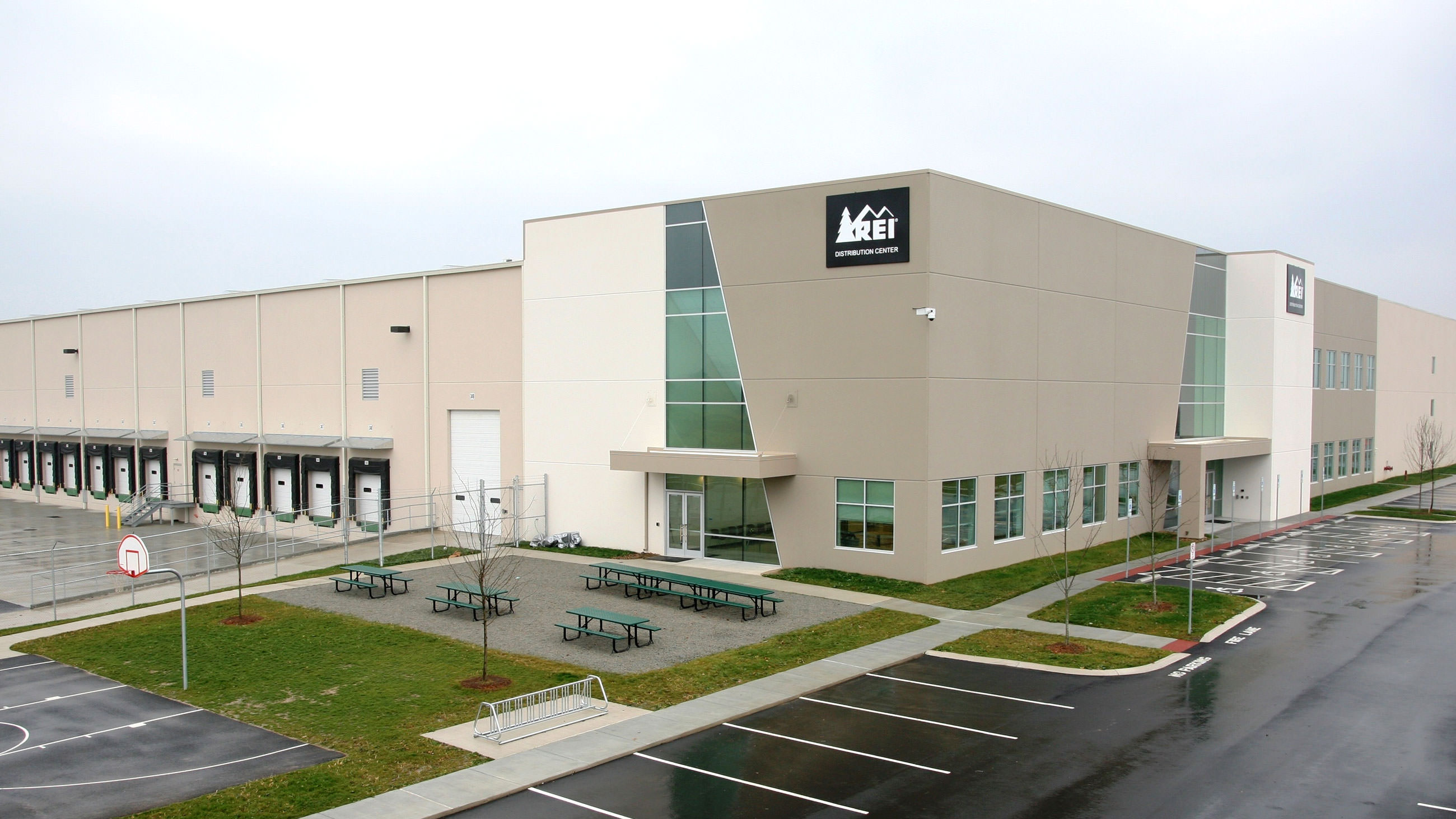 REI Distribution Center Bedford, PA